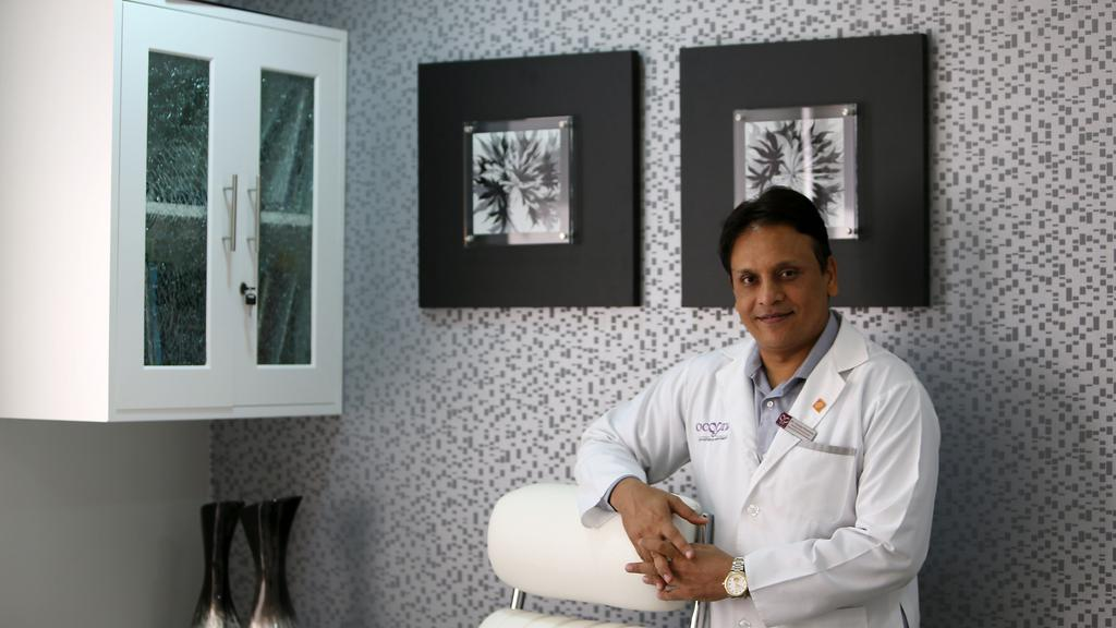 Dr Sanjay Parashar - Best Cosmetic Surgeon in Dubai & UAE